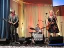 ALLES MUSS RAUS - REVUE: The Beez mit flotter Musik