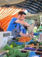 12. Juli 2017: Arbeiten auf dem Markt