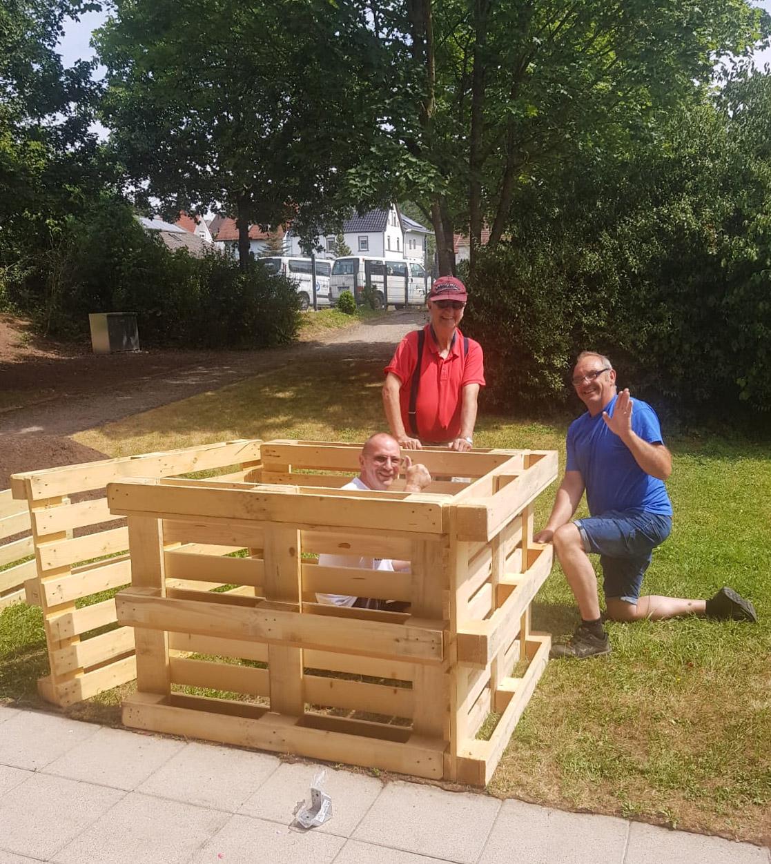 15. Juli 2019: Neue Hochbeete in der Wohnstätte Weilerbach