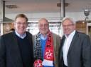 V.l.: Norbert Thines, Ex-Präsident FCK - Walfried Weber, Präsident Lebenshilfe Westpfalz - Robert Krauß, Geschäftsführung LOTTO-Rheinland-Pfalz