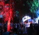 im illuminierten Park